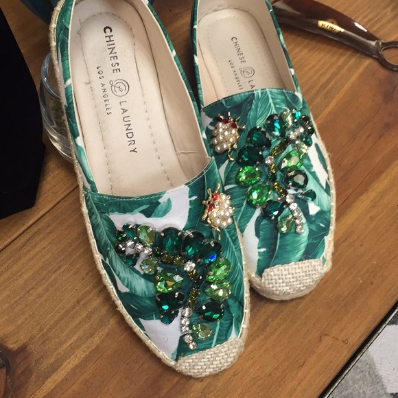 1a1e4c45e8b Chinese laundry Hayden floral green espadrilles ne